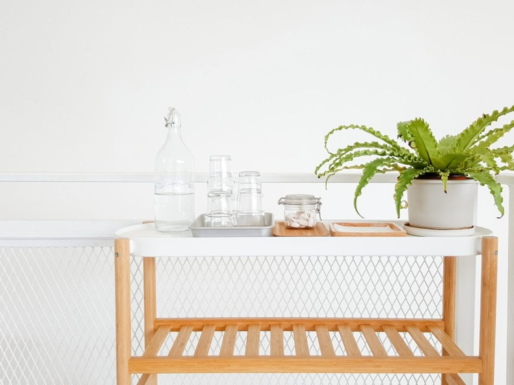 Looking to simplify your cleaning routine? Here are seven vinegar cleaning hacks everyone should know. (And why vinegar is your new cleaning BFF.)