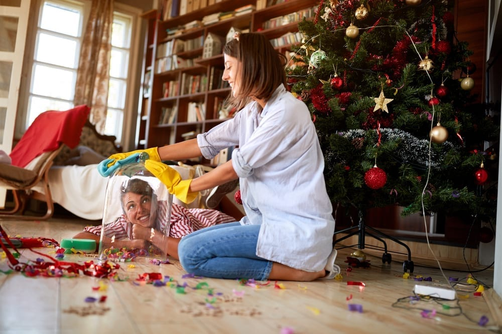 Looking to avoid Christmas clutter this year? Here's what to focus on before and after Christmas to keep your home in good shape.