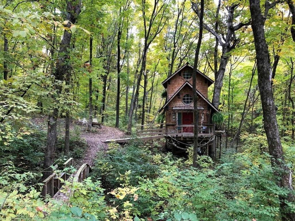 Treehouse cabin in the woods in Illinois.
